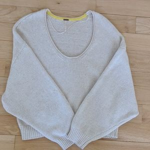 Free people Cropped Sweater size S